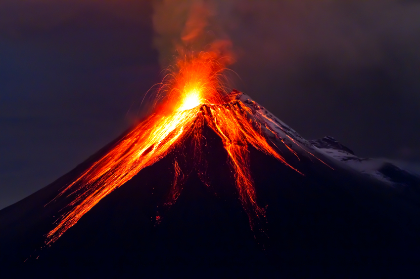 Volcano_boiling_over