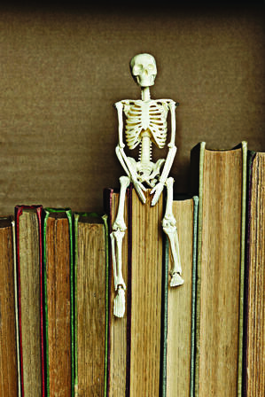 skeleton_books