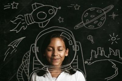 girl_astronaut_yoh_blog.jpg
